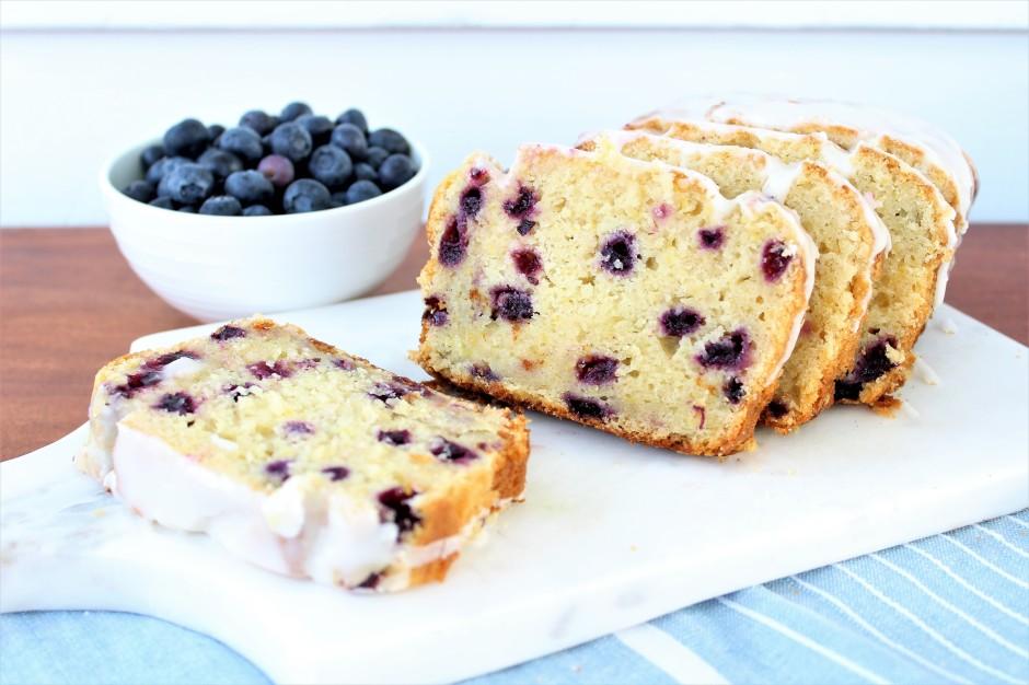 Gluten Free Blueberry Breakfast Cake Recipe