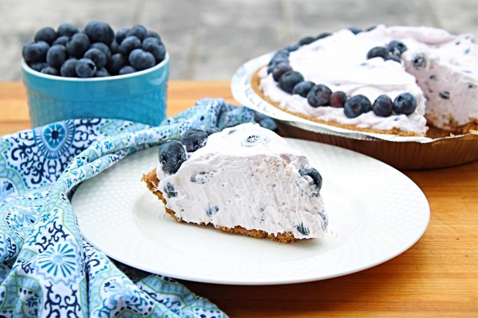 No Bake Gluten Free Blueberry Yogurt Pie - The Gluten Free Gathering