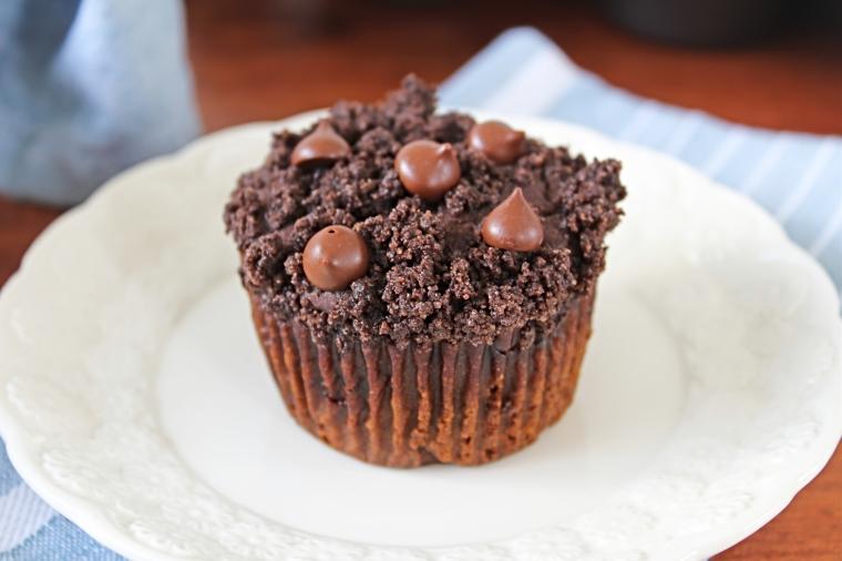 Gluten Free Pumpkin Muffins with Chocolate Crumbs (Vegan)