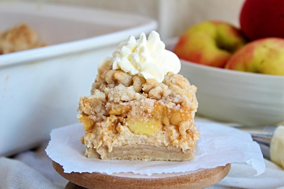 Gluten Free Apple Crisp Cheesecake Bars